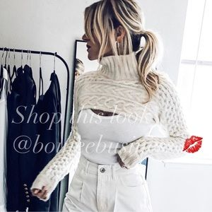 ZARA BNWT Cable Knit High Collar Cropped Sweater